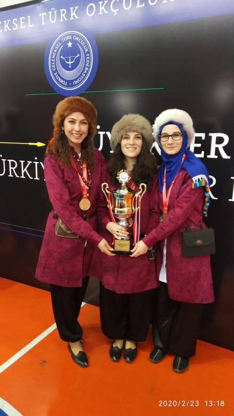 Salon Türkiye Kulüpler Kupası Büyük Bayanlar Takımı Türkiye Şampiyonu Porsuklar